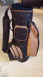 Very Nice Golf bag with carrying strap London Ontario image 4