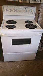 "Full size Electric Stove , Frigidaire , 30 ""wide, for sale"