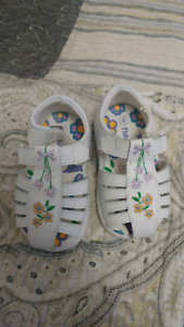 Size 4 baby sandals