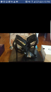 High heel size 8.5 like new condition