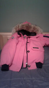 Mint condition authentic Canada goose xxl woman's pink jacket