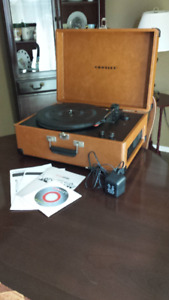 Turntable - Crosley Keepsake USB Turntable CR-249
