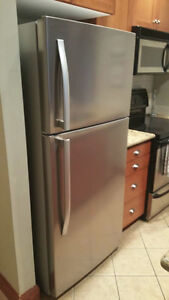New - Fridge 17.5 cubic foot stainless steel