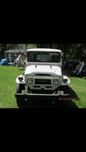 Looking for Toyota Fj 4O land cruiser