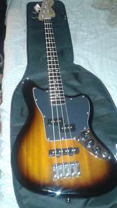 Guitare bass