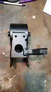 Nissan Maxima front and rear engine mounts 3.5 SE .
