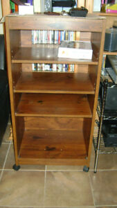 3 shelving stereo unit