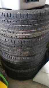 Bridgestone dueller 275/60R20 tires