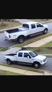 PARTING OUT !!  2005 F350 dually 4x4 Diesel 6.0