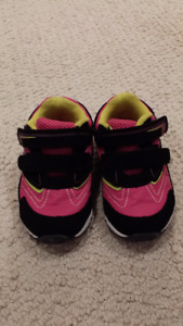 GIRLS Smartfit Running Shoes Size 5