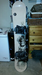 morrow blaze snowboard 155, great condition