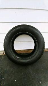 1 Michelin Lattitude Tour Hp tire 245/60/18