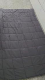 Double gravity blanket