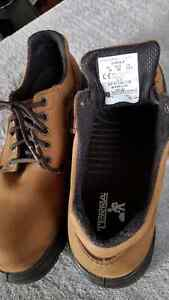 Brand New Men's Steel Toe Shoes (size10)
