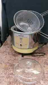 Vintage deep fryer