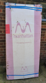 Bargain New in packaging Manhattan Silver Bi Fold Shower Door 900mm