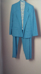 women's 3-piece suit (size 16)
