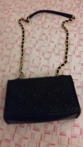 Trendy and Cute Tory Burch bag with good price