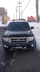 FORD ESCAPE XLT 2009 4CYL + 4WD + BLUETOOTH