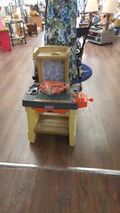 Toy tool bench set