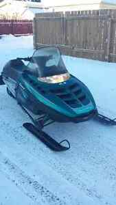 POLARIS INDY TRAIL. NEW SEAT. VERY LOW MILES. RUNS EXCELLENT