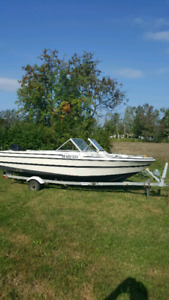 18 ft Viking bowrider