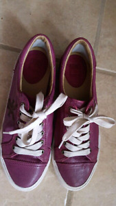 Frye Kira low top leather sneakers size 9