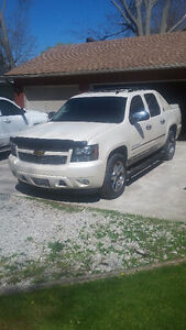 2013 Chevrolet Avalanche Ltz Other