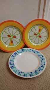 Acrylic Serving Plates Kitchener / Waterloo Kitchener Area image 1