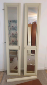 Good quality wooden fitted cupboard /wardrobe cabinet