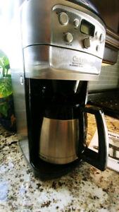 CUISINART Grind & Brew Thermal TM 12 Cup Coffeemaker