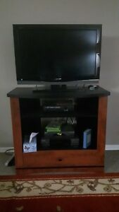 32 inch tv including stand