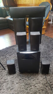 Onkyo 7.1 Speakers with powered sub
