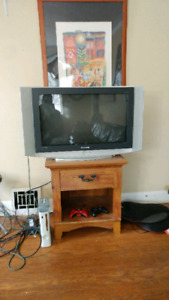 """30"""" HD Television (1080p with HDMI input)"""