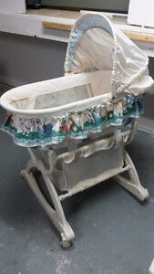 Cute Baby Bassinet with Storage Below
