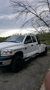2008 Dodge Power Ram 3500 tow truck $22,000