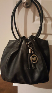 Michael Kors - Sac à main cuir noir/Black leather handback