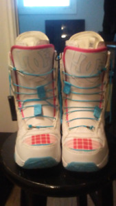 Brand New DC. Siloh womens snowboard boots 50$!!
