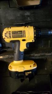 18 volt dewalt cordless drill with battery