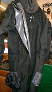 Selling a Whites Brand XL - XXL Dry Suit