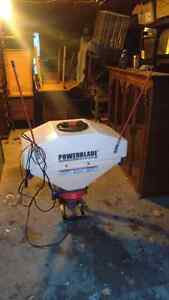 Salt spreader. 12 volt motor. brand new! For hitch