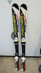 Skis Fischer Race Jr avec fixation