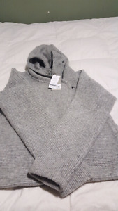 Xl bench sweater new