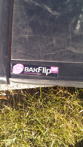 Bakflip tonneau truck box cover need gone asap