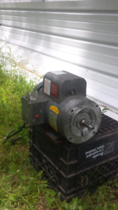 BALDOR  2 HP INDUSTRIAL ELECTRIC MOTOR