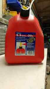Scepter Jerry Gas Can 20 Litre Kitchener / Waterloo Kitchener Area image 2
