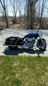 2009 HD Road King FLHR - low miles, excellent condition