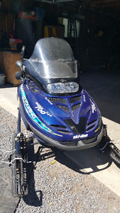 1998 Ski-Doo Gran Touring 700 Triple snowmobile for trade