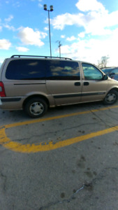 Selling 2004 Chevy Venture