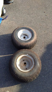 Lawnmower wheels